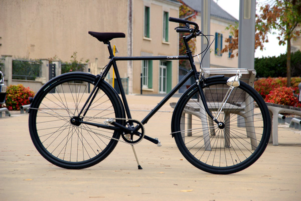 Weelz Test Creme Cycles Caferacer 03