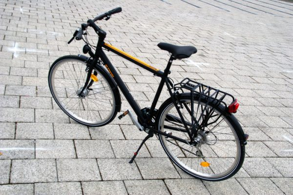 Test btwin nework 5 v lo utilitaire abordable - Velo intersport ou decathlon ...
