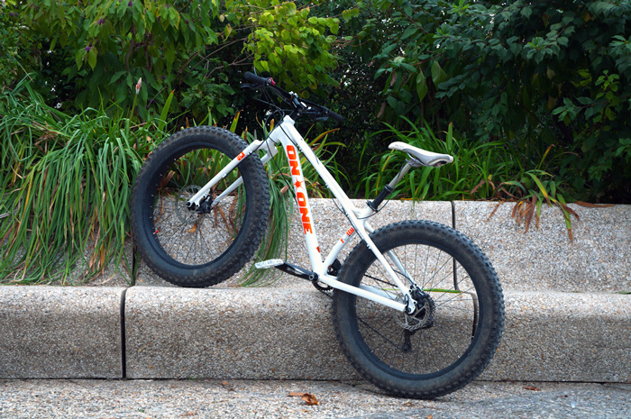 [Test] Le Fat Bike en déplacement urbain, possible ?