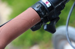 Weelz-test-Blinker-Grips (2)