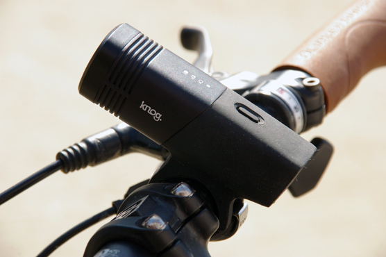 Weelz Test Knog Blinder (4)