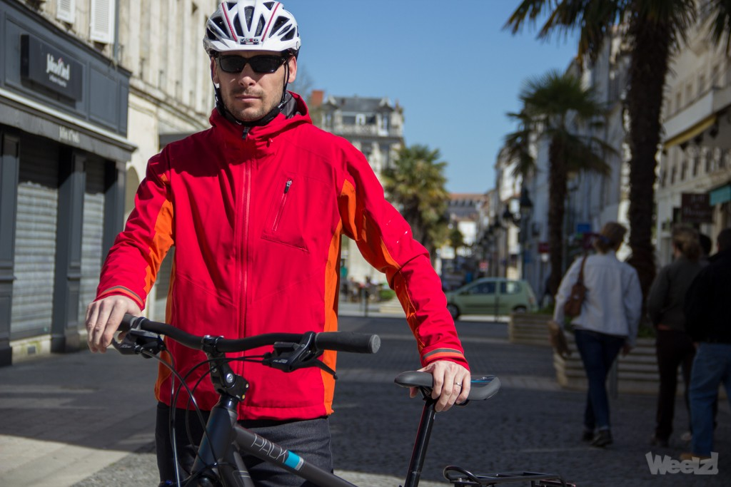 [Test] Rapha, vêtements luxueux pour commuters exigeants