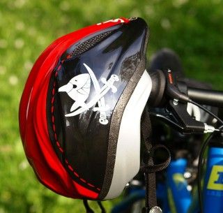 bicycle-helmet-335750_640