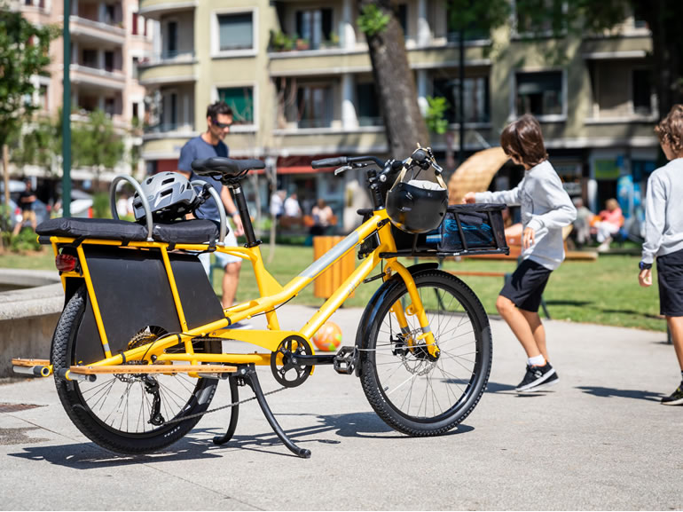 Yuba Kombi Cargo Bike 3